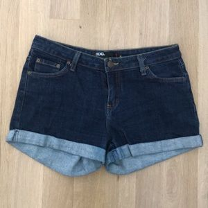 BDG Urban Outfitters Jean denim shorts. Size 8